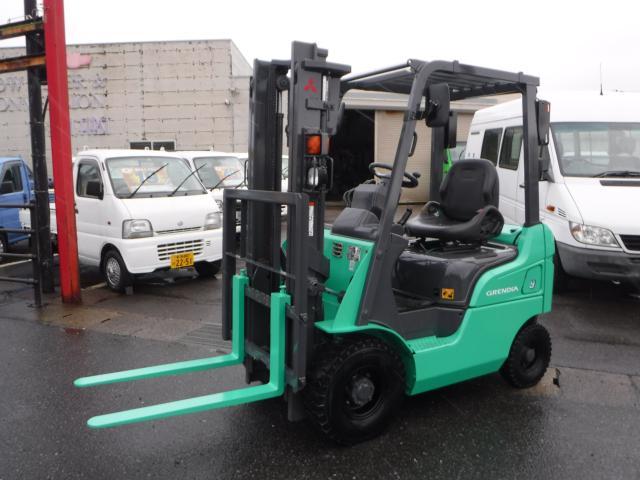 フォークリフト GRENDIA-9 0.9t 1.5Lガソリン車
