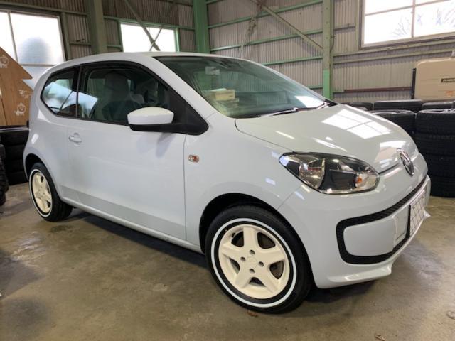 VW アップ! ムーブ アップ ホワイトアルミ&リボンタイヤ
