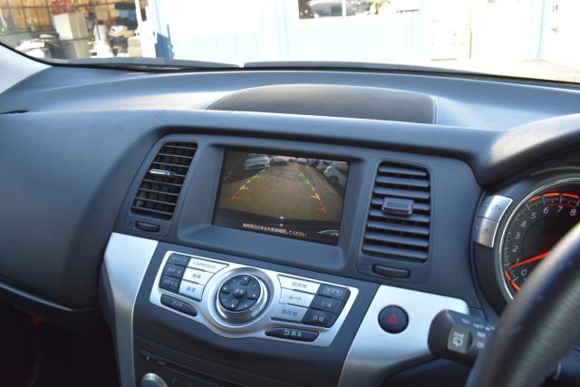 バック&サイドカメラで駐車も安心です!