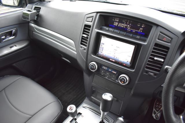 HDDナビは音楽録音 DVD再生 フルセグテレビ等、機能充実です!4WDは切り替え式です!