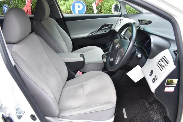 運転席、助手席、各シートの状態も良好です!