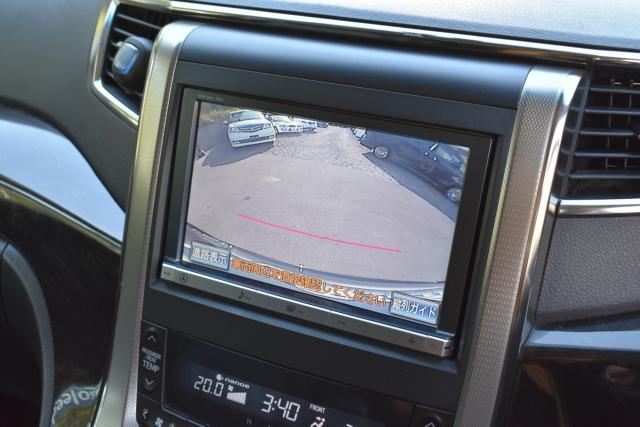 純正HDDナビは音楽録音 DVD再生 フルセグテレビ ブルートゥース等、機能充実です!フリップダウンモニターもございます!
