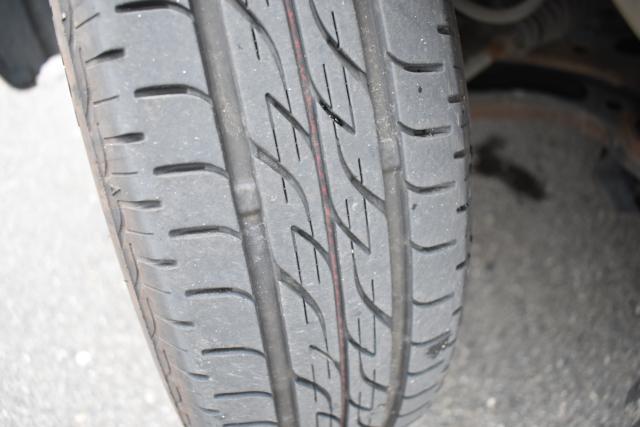 タイヤの残量も十分ございます!