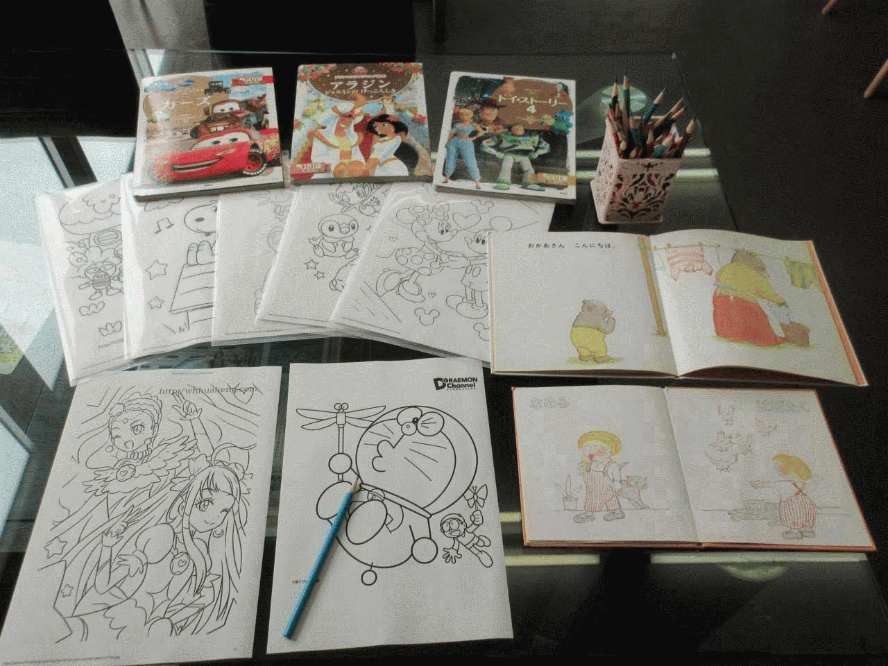 小さいお子様も絵本や塗り絵などご用意しておりますのでご家族でのご来店も大歓迎です(*^-^*)