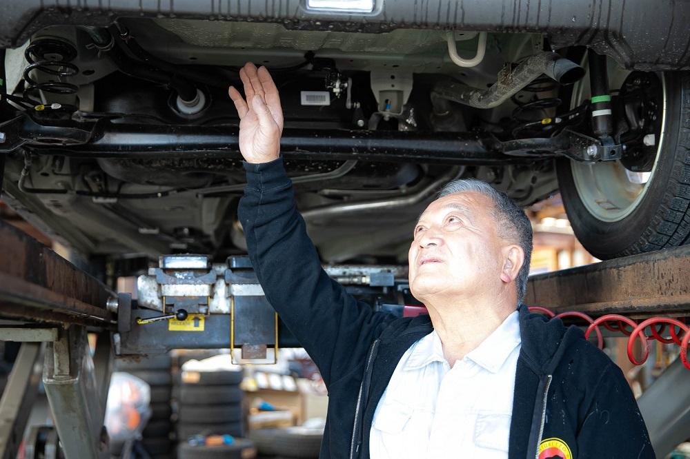 車輛の仕入れは、この道50年以上の会長自ら行っております!!<br />